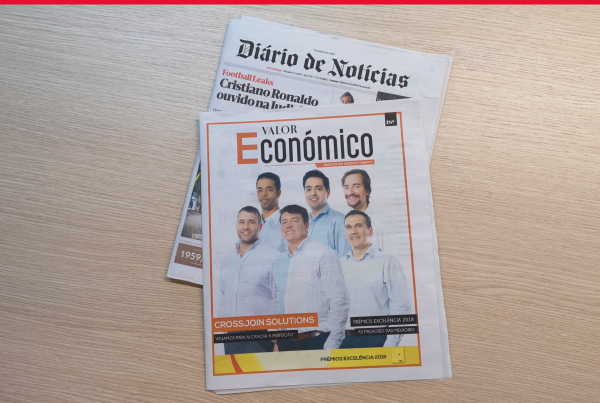 """Image of an article about Crossjoin in """"Valor Económico"""" newspaper"""